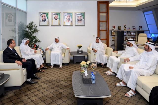 محاكم رأس الخيمة تبحث سبل التعاون مع جامعة الإمارات